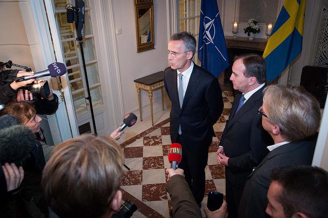 Natos generalsekreterare Jens Stoltenberg var tidigare statsminister i Norge och partiledare för Arbeiderpartiet. Här besöker han sin gamle partikompis i Sverige, statsminister Stefan Löfven.